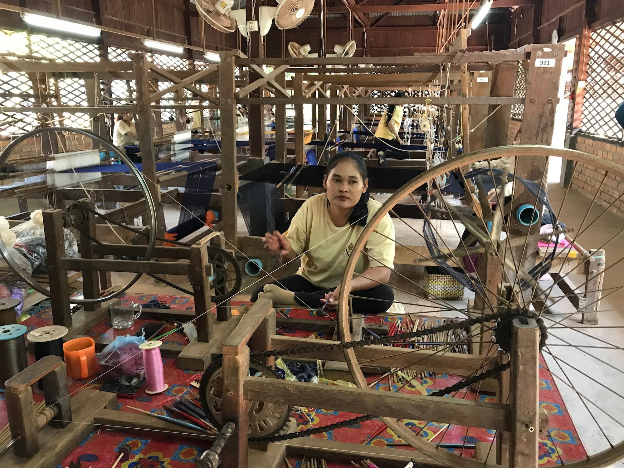 Călătorie în lumea mătăsii de Angkor – artizanat de excepție