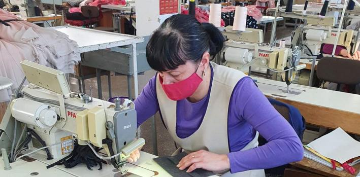 Răspuns rapid la coronavirus în Ucraina: de la bluze la măști