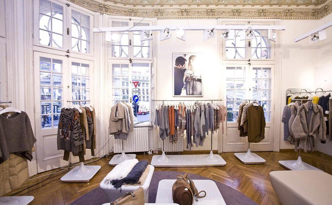 Retailerii de fashion redeschid magazinele