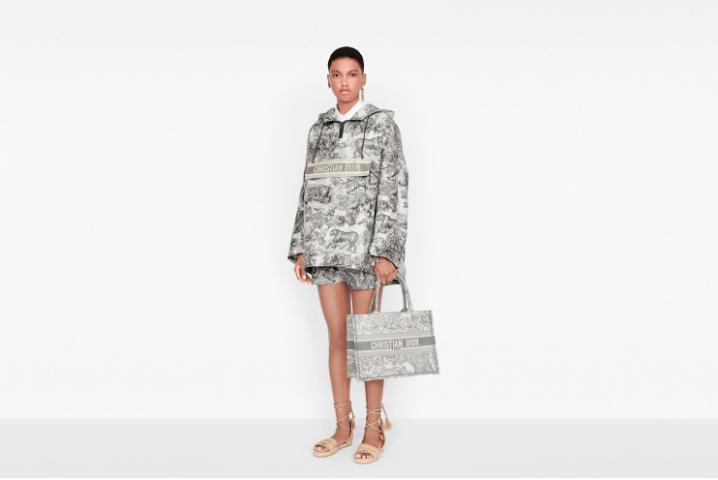 Casele de modă își regândesc prezentările colecțiilor viitoare