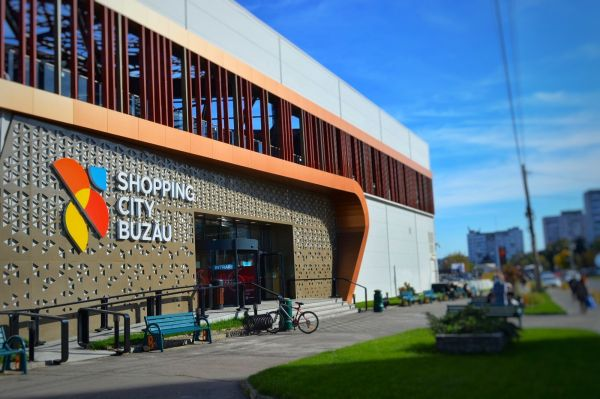 Magazine noi în Shopping City Buzău