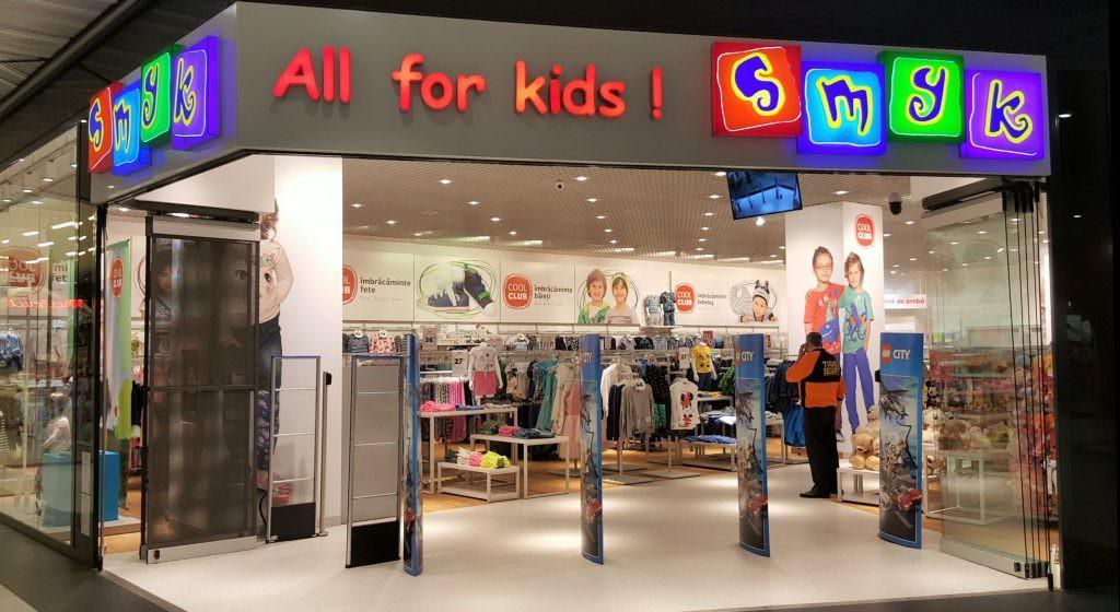 SMYK deschide magazin în Fashion House din Militari