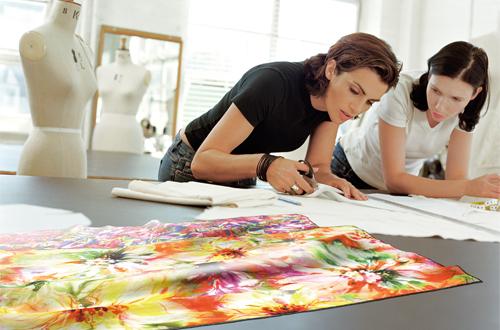 Seria Epson SureColor SC-F oferă soluții complete de imprimare pe textile