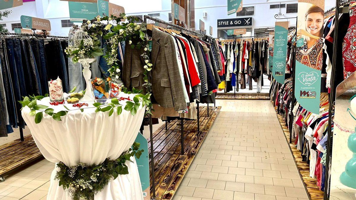 """Al treilea shop in shop """"O nouă viață"""" by Auchan, la Timișoara"""