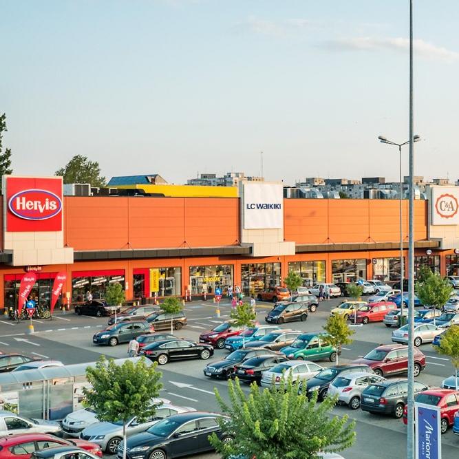 Parcurile de retail din România au fost mai puțin afectate de pandemie decât mallurile